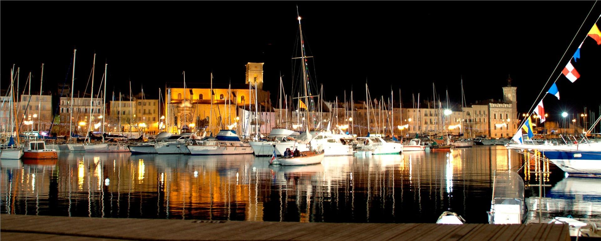 le-Port-la-nuit